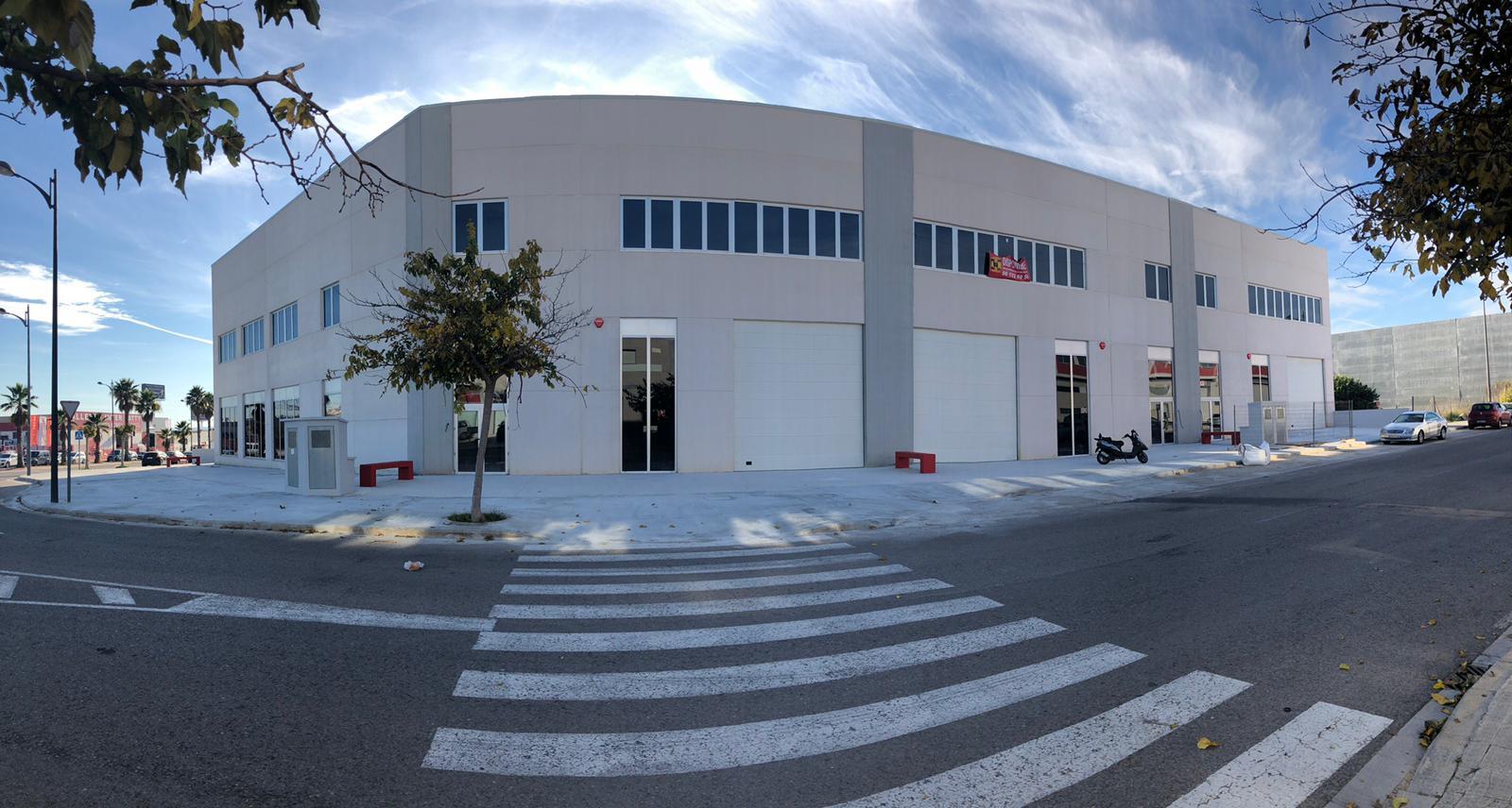 Naves industriales de nueva construcción en Paterna